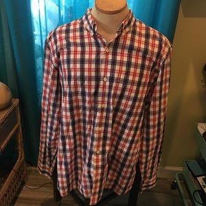 Men's collar shirt.